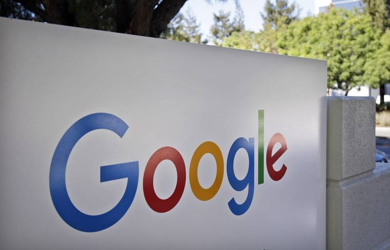 Google planning physical stores in India — Economic Times
