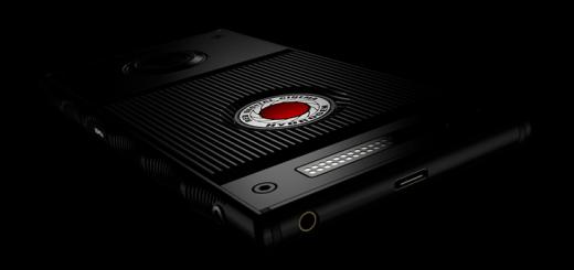 RED Hydrogen smartphone