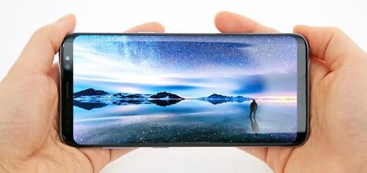 Galaxy-S8-Infinity Display