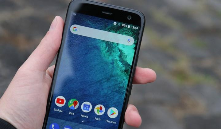 HTC U11 Life review 1
