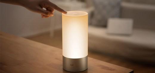 Xiaomi-Yeelight-Bedside-Lamp-smarthome