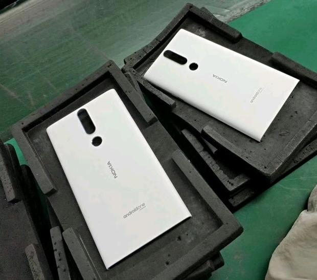 Nokia-Phoenix-paneel