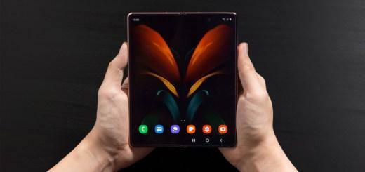 Samsung-Galaxy-Z-Fold-2-open