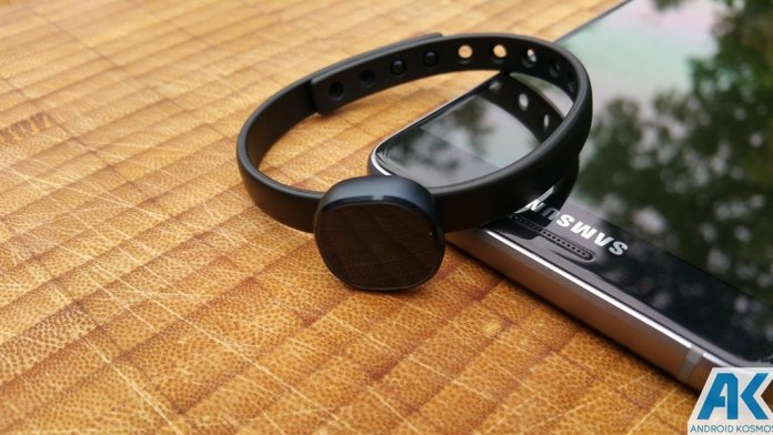Review: Samsung Charm - Günstiger Activity-Tracker im Test 18