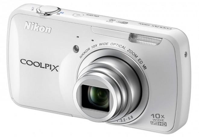 Nikon_Coolpix_S800c_White_front