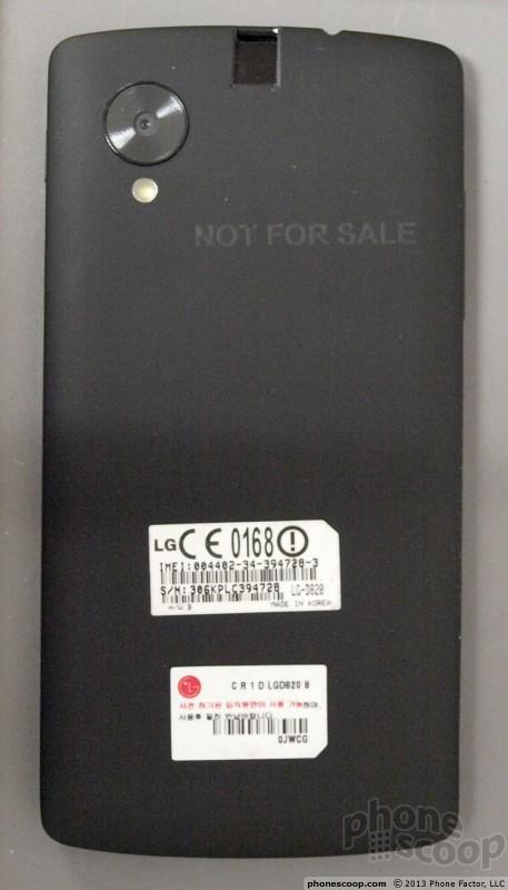 Die Rückseite des Nexus 5. Foto Phonescoop.