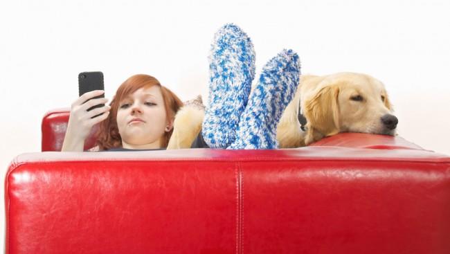 Dein bester Freund, der Hund, wird nun rund um die Uhr von dir überwacht (Foto: iStockphoto/Fertnig)
