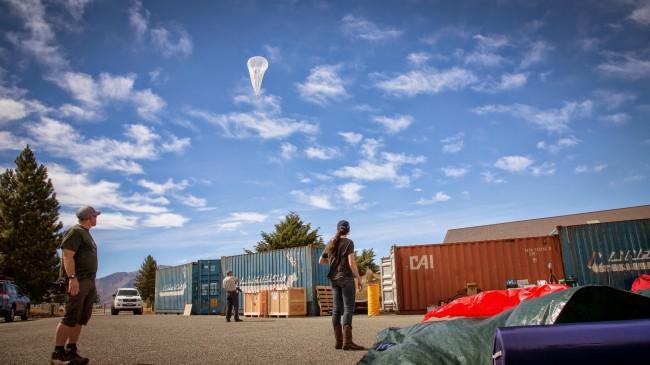 """Die Elektronik jedes """"Project Loon""""-Ballons kann ein Gebiet mit einem Durchmesser von etwa 40 Kilometern mit Zugang zum Internet versorgen. (Foto: Google)"""