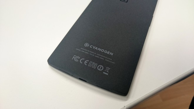 onePlus_back_fcc_ce