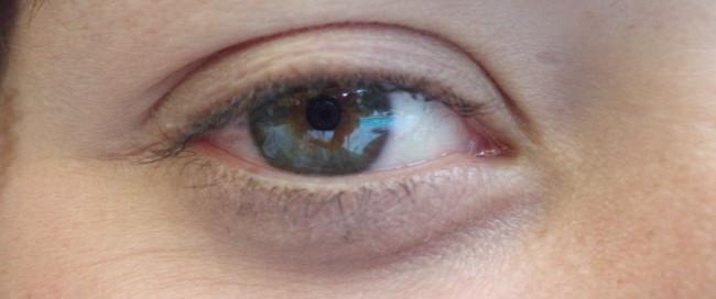 Die Iris des Auges unterscheidet sich - ähnlich wie Fingerabdrücke - von Mensch zu Mensch deutlich. Diese Tatsache lässt sich für Zugriffsbeschränkungen unter anderem bei Smartphones nutzen. (Foto: Mantasmagorical)