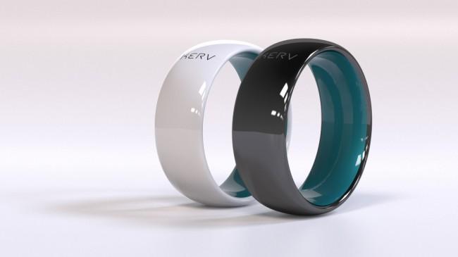 Der wasserdichte und kratzfeste Ring besteht aus Zirkoniakeramik. Erhältlich ist er in Schwarz und in Weiß – und in zehn Größen. (Foto: Kerv)