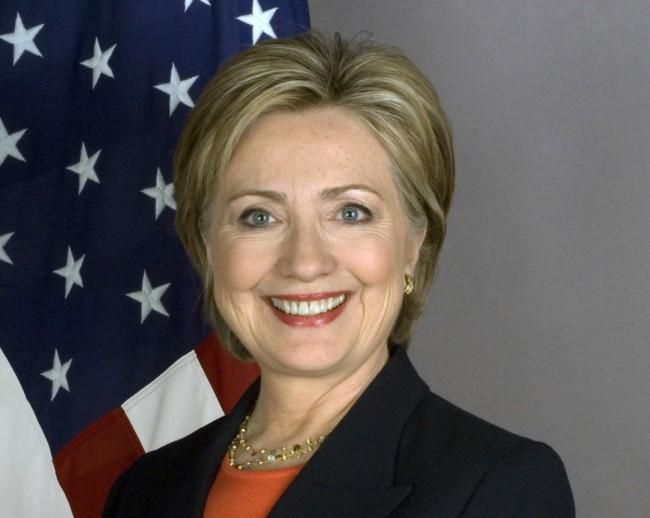 Auch die demokratische Trump-Konkurrentin Hillary Clinton hält es für nötig, dass amerikanische Technologie-Unternehmen dabei helfen, militante Web-Sites zu schließen und verschlüsselte Nachrichten von Terroristen zu blockieren. (Foto: United States Department of State)