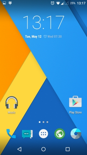 MotoG XT1033 CyanogenMod 121 Homescreen - Install CyanogenMod 12.1 on the Moto G 1st Gen