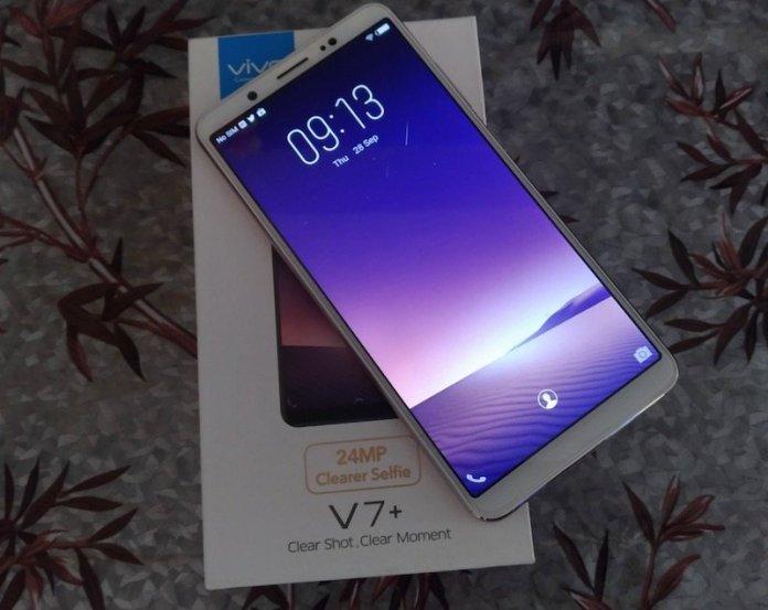 Vivo V7 Selfies - Vivo V7+ Review: Small Bezels, Better Selfie, Face Unlock but the Price