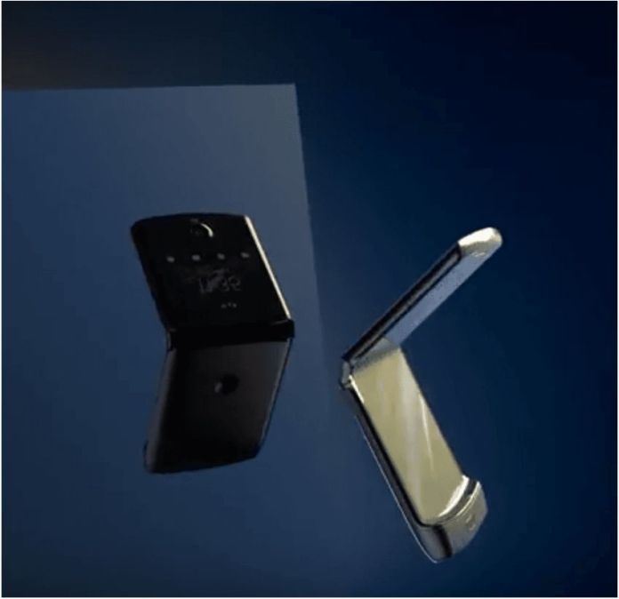 Moto razr foldable Android phone 9
