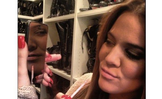 Glam Convierte el teléfono en un espejo para maquillarte con el protector de pantalla Glam Screen