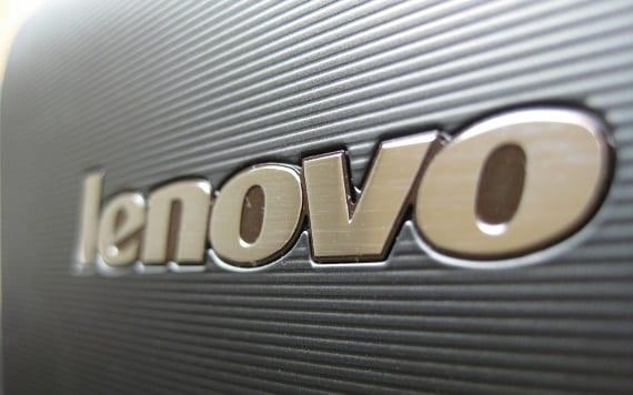 Lenovo Lenovo adquiere Motorola® por 2910 millones de dólares