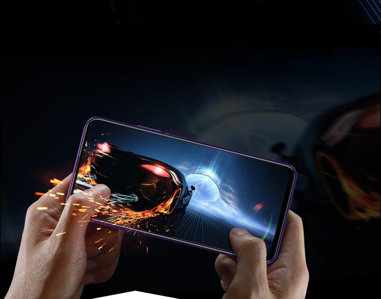 تحاول Honor هونر التابعة للتنين الصيني هواوي التأقلم مع الوضع الحالي، المفروض عليها من قبل الولايات المتحدة الأمريكية، في ظل الحظر المفروض على شركة هواوي والعلامات التابعة لها، كشفت شركة هونر عن هاتف Honor 9X Pro، غير مدعوم بخدمات جوجل. يأتي الهاتف بعتاد قوي جدًا ويُعد واحدًا من أفضل هواتف الفئة المتوسطة في السوق، يأتي الهاتف بمعالج هواوي الجديد HiSilicon Kirin 810 المنافس لمعالج Snapdragon 730G، وكاميرا ثلاثية وذاكرة 256 جيجابايت، فهل يستحق الأقتناء خصوصًا في ظل توافر الهاتف بدون خدمات جوجل. محتويات المقالة:- تنبيه هاااااااام مواصفات هاتف Honor 9X Pro. المراجعة الكاملة لهاتف Honor 9X Pro. 1- التصميم. 2- الشاشة. 3- الكاميرا. 4- المعالج والأداء. 5- البطارية. 6- المميزات. 7- العيوب. 8- محتويات العلبة. 9- سعر الهاتف. 10- التقييم. 11-متجر تطبيقات هواوي بديل جوجل بلاي Google Play. 12- هدايا الحجز المسبق. تنبيه هاااااااام هاتف Honor 9X Pro غير مدعوم بخدمات جوجل، كما أننا لا ننصح بشراء اي هاتف غير مدعوم بخدمات جوجل، يُمكن تحميلها بسهولة من هنــــــــــــــا ، ولكن على مسؤوليتك الشخصية، كما حذرت جوجل من تحميل تطبيقاتها بصورة غير شرعية. مواصفات هاتف Honor 9X Pro نوع الهاتف Honor 9X Pro الشاشة النوع LTPS IPS LCD الحجم 6.59 بوصة كثافة الألوان 391 فى البوصة الدقة 2340 × 1080 بكسل الأبعاد الجسم الخارجى 8.8x 77.2 x163.1 الوزن 206 جرام مساحة الشاشة بالنسبة للهاتف 92% الشرائح شريحتين من نوع NANO SIM الإتصال الشبكة يدعم الجيل الثاني والثالث والرابع WIFI Wi-Fi 802.11 a/b/g/n/ac GPS A-GPS البلوتوث v5.0 اصدار NFC يدعم Infrared port الراديو يدعم مدخل سماعة رأس 3.5 ملم يدعم المستشعرات مستشعر البصمة مستشعر البصمة في الجانب الأيمن و Face Unlock اخري التسارع ، بارومتر ، الدوران ، القرب ، الضوء المعالج CPU HiSilicon Kirin 810 السرعة ثمانى النواه GPU Mali-G52 الذاكرة الرام ذاكرة عشوائية رام 6 جيجابايت التخزين ذاكرة تخزين 256 جيجابايت كارت ميموري  يدعم ذاكرة خارجية حتي 512 جيجابايت الكاميرا الخلفية النوع الرئيسية 48 ميجا بكسل بفتحة عدسة F/1.8 الثانية للتصوير بزاوية واسعة بدقة 8 ميجا بكسل بفتحة عدسة F/2.4 الثالثة للعمق بدقة 2 ميجابكسل بفتحة عدسة F/2.4 الفيديو تصوير فيديو 1080 بيكسل 30 اطار فى ا