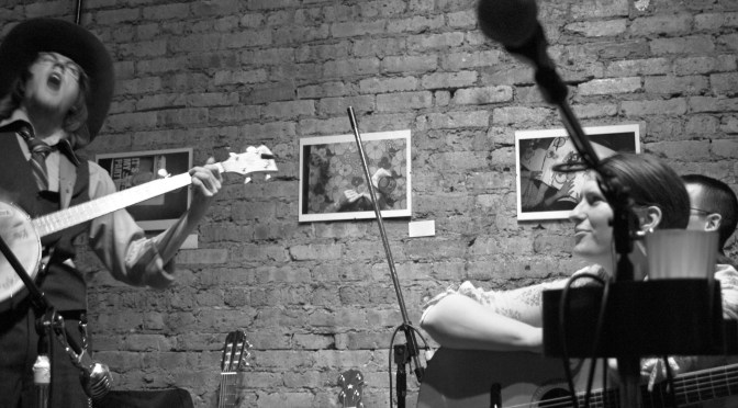 Uncommon Ground (Chicago, IL) with Rachel Ries, Mike Reeb — live recording by Richard Lynch, photos by Erik Pennebaker