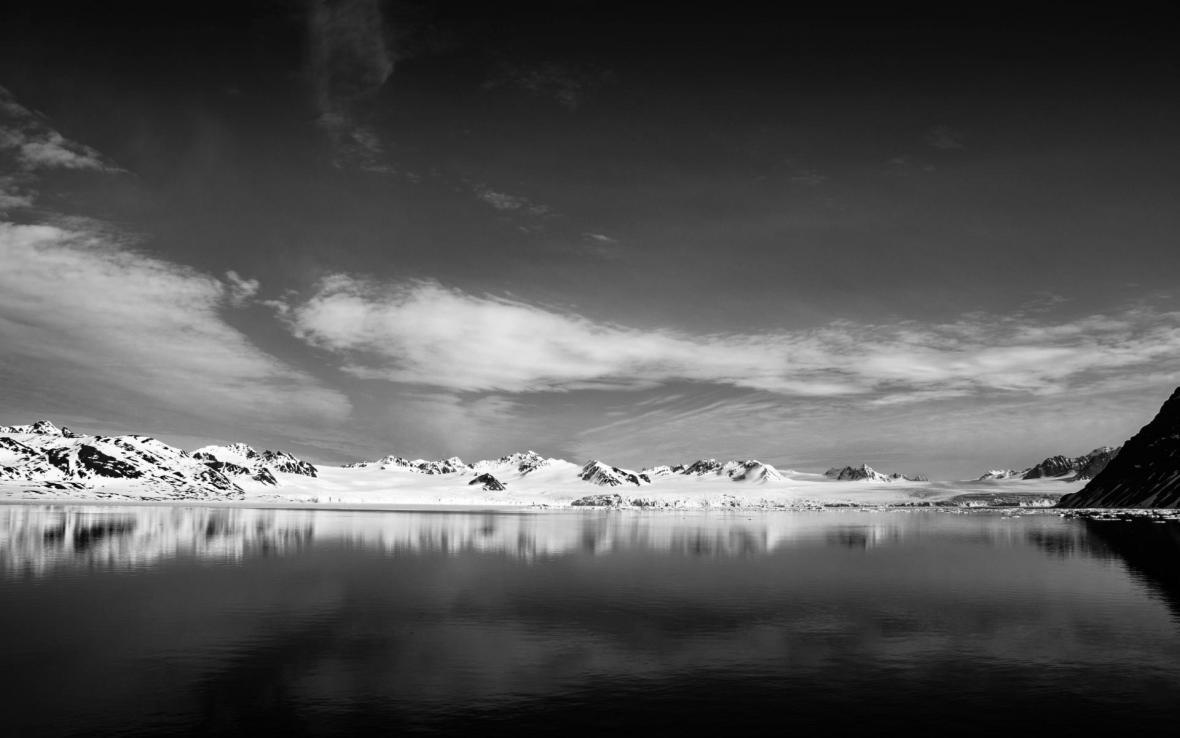 Gletscher auf Spitzbergen vom Meer aus gesehen