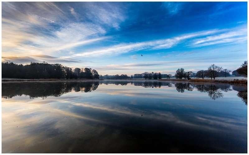 BLICKLING HALL LAKE LANDSCAPE PHOTOGRAPHY COMMISSION - NORFOLK LANDSCAPE PHOTOGRAPHY