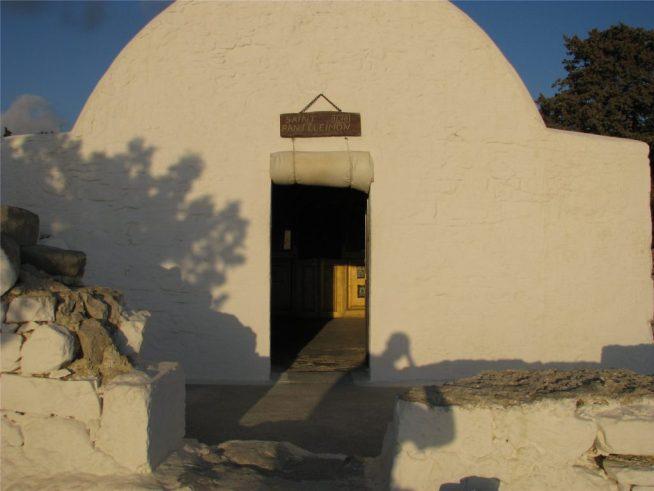 Часовня святого Пантелеймона. Монолитос. Родос.