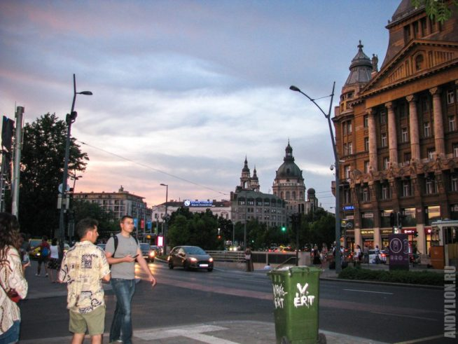 Улицы вечернего Будапешта