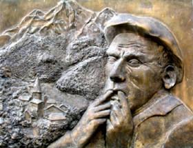 Un siffleur d'Aas sur la plaque commémorative - Wikipédia