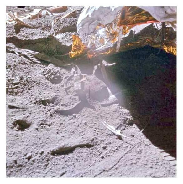David Scott, Apollo 15 - Le marteau et la plume
