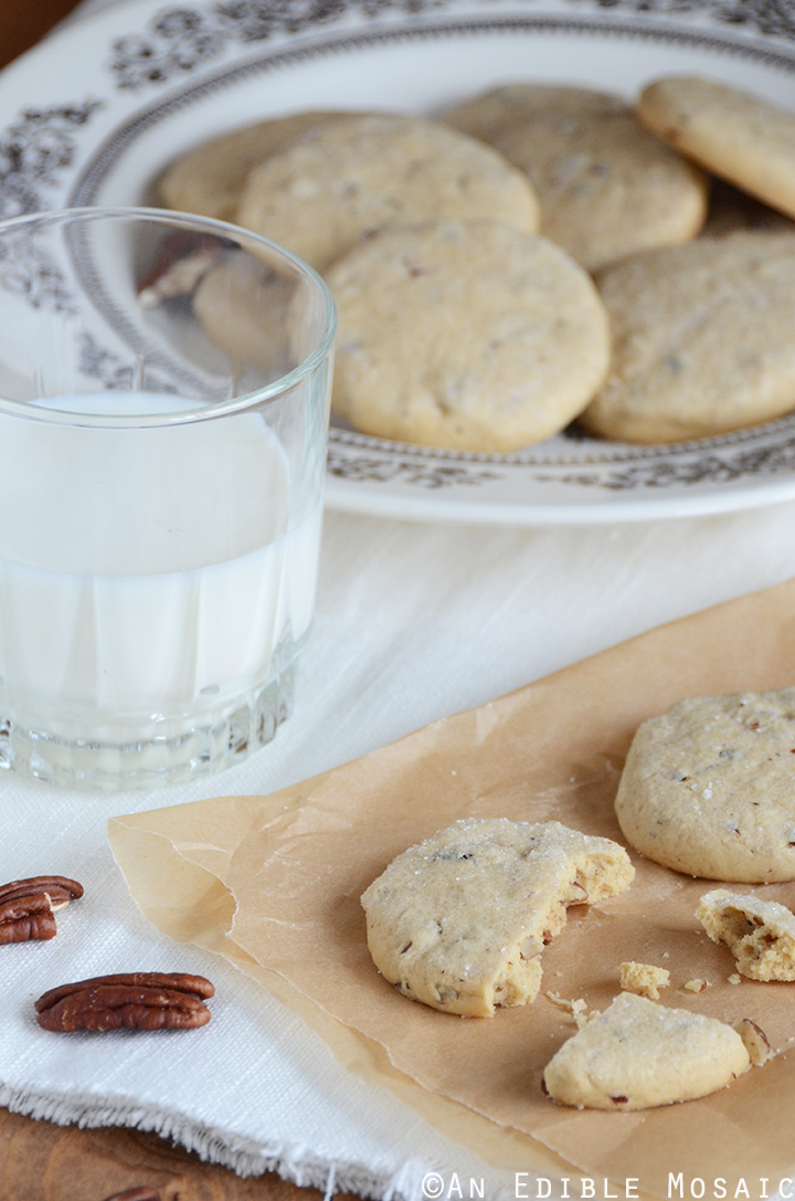 Maple Pecan Shortbread Cookies 1