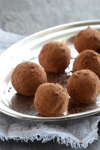 Superfood Spiced Autumn Truffles