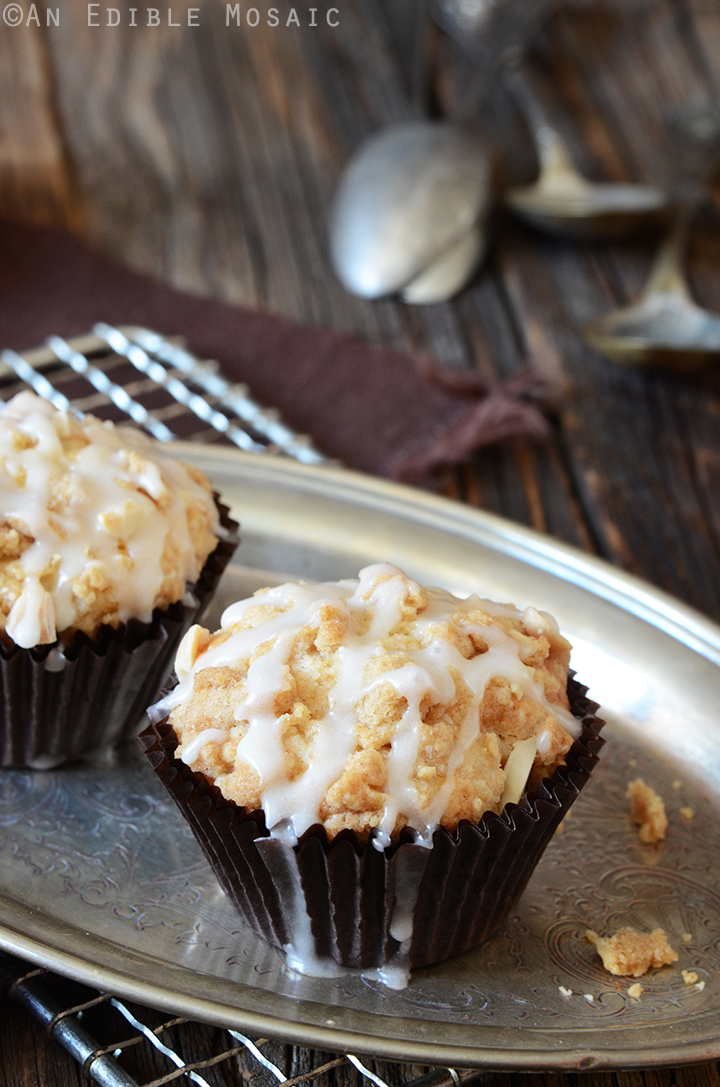 Apple-Almond Streusel Muffins 1