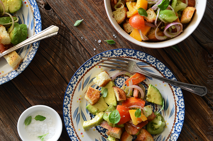 Heirloom Tomato and Avocado Panzanella Salad 4