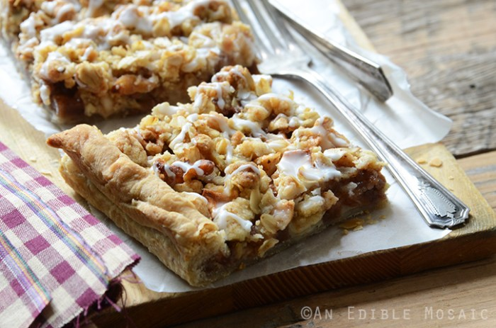 Apple Slab Pie with Nutty Oat Crumble Topping 5
