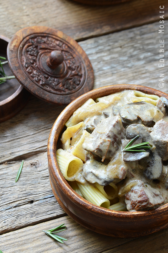 Slow Cooker Beef with Creamy Mushroom-Rosemary Sauce 2