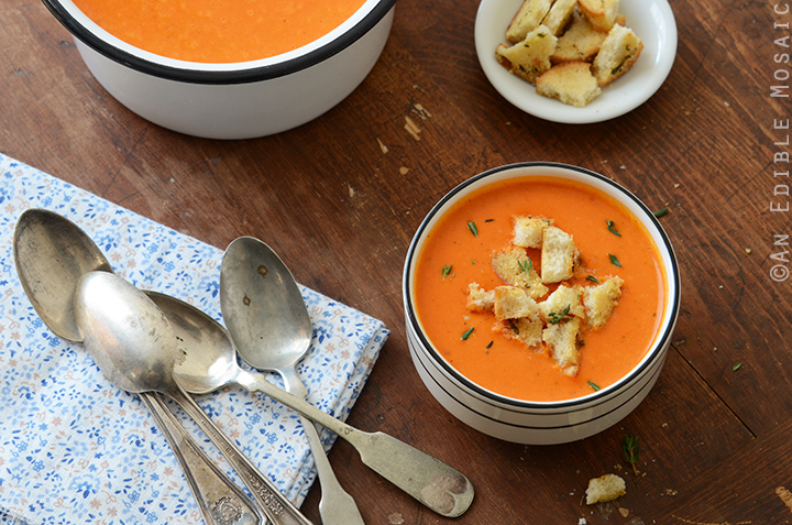 Roasted Red Pepper Soup with Cheesy Herb and Garlic Croutons 4