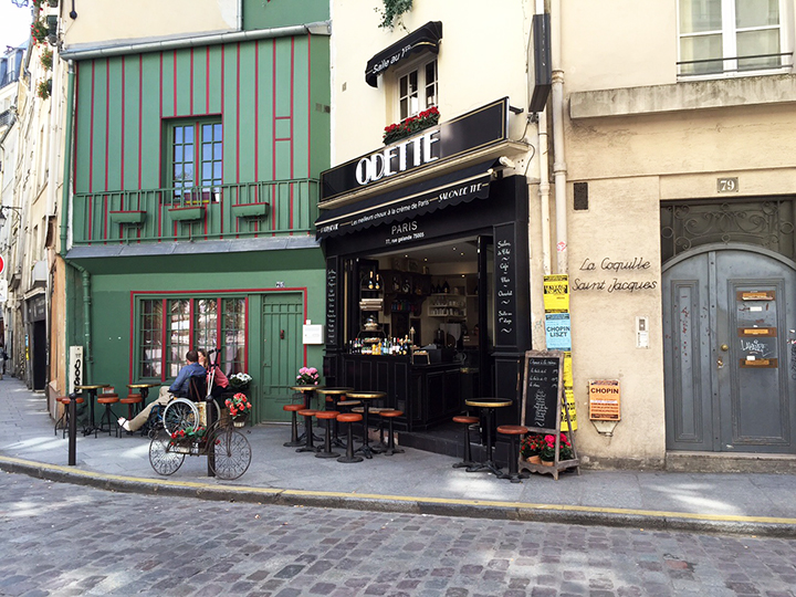 Cute Cafe in Paris