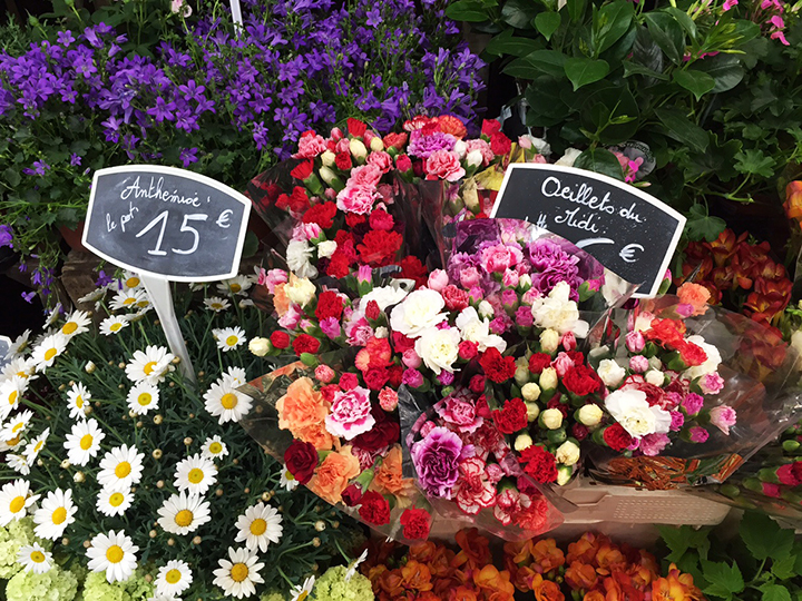 Flowers at Marche d'Aligre 1