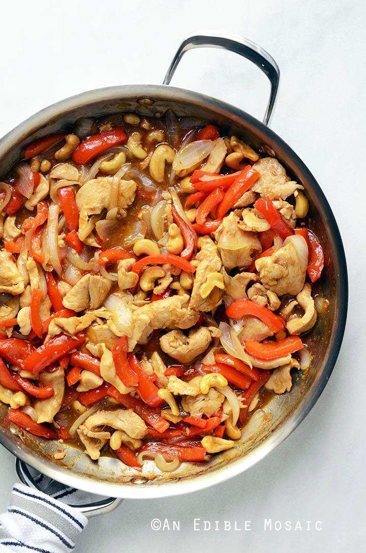 30-Minute Thai-Inspired Cashew Chicken Skillet Supper {Paleo} 3