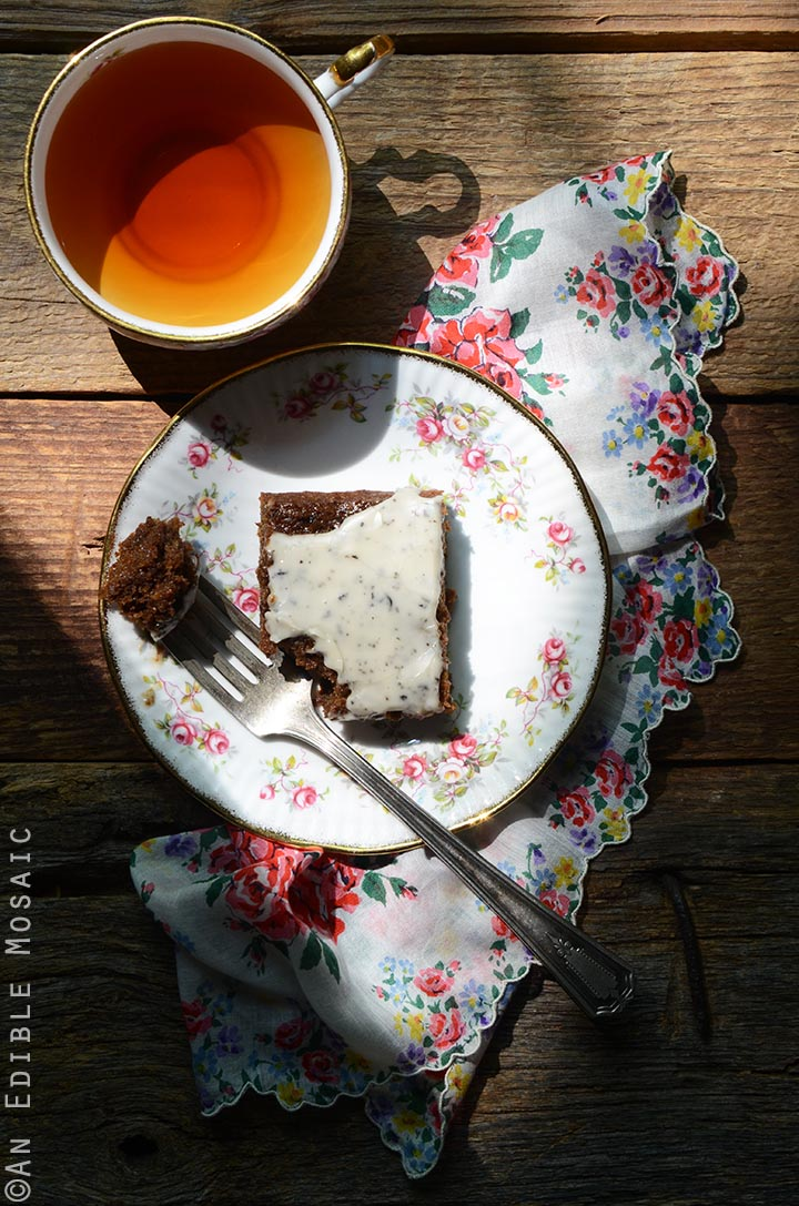gingerbread-snack-cake-with-earl-grey-glaze-1
