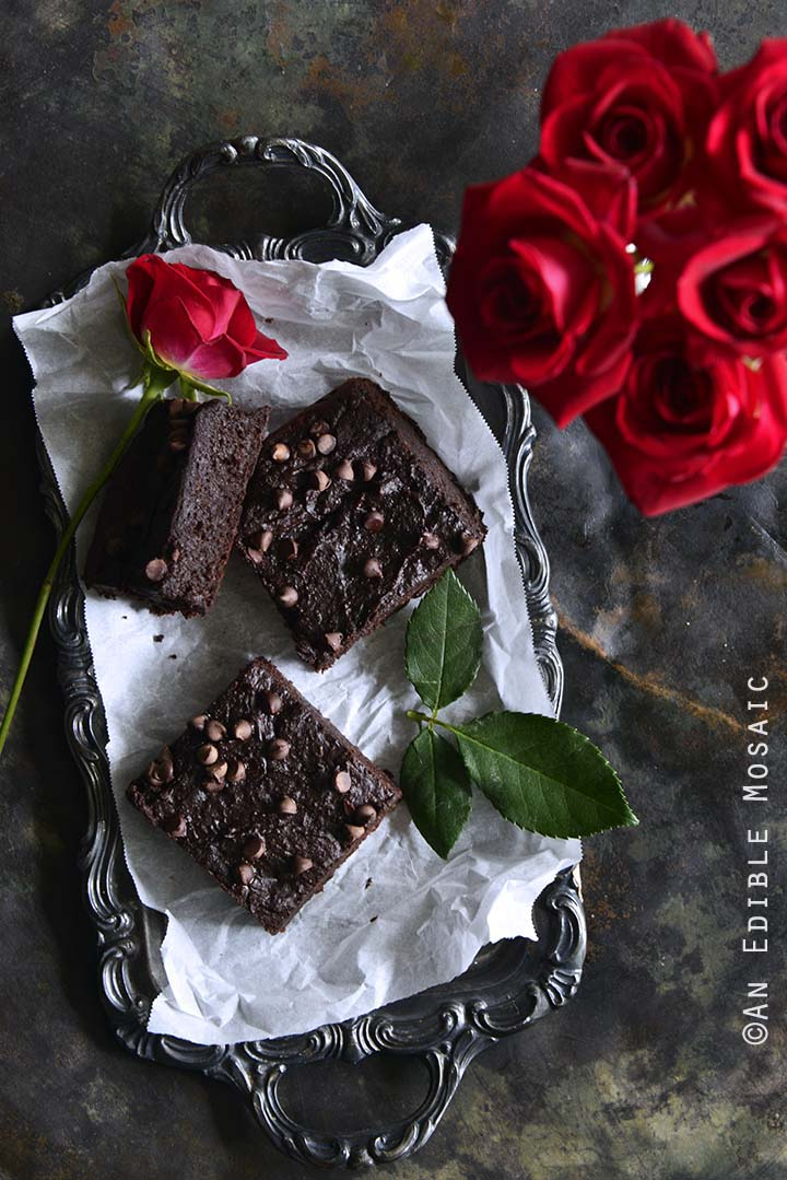 The Best Fudgy Low-Carb Keto Brownies with Roses