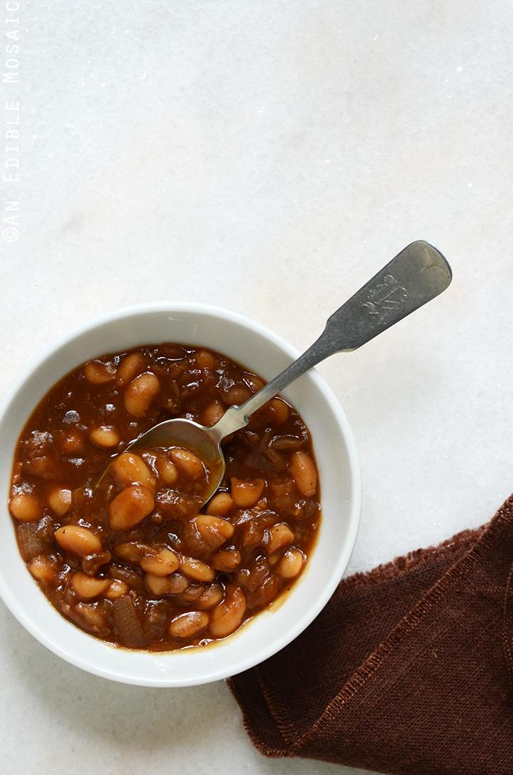 Vegan Boston Baked Beans
