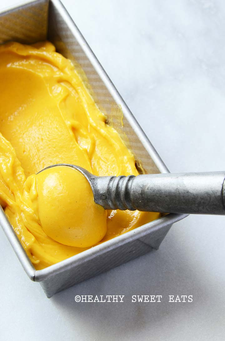Easy No-Churn Mango Lassi Frozen Yogurt