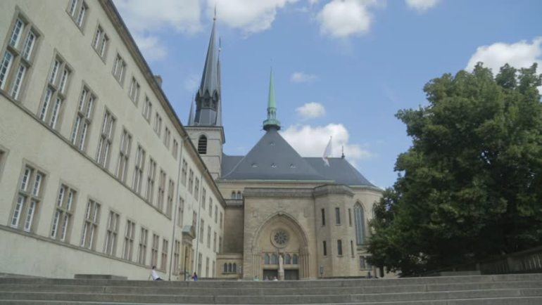 Paket tour eropa barat Luxembourg