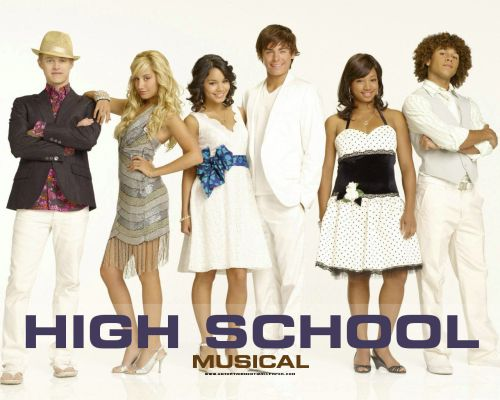 © http://www.fanpop.com/clubs/high-school-musical/images/7091933/title/hsm-wallpaper