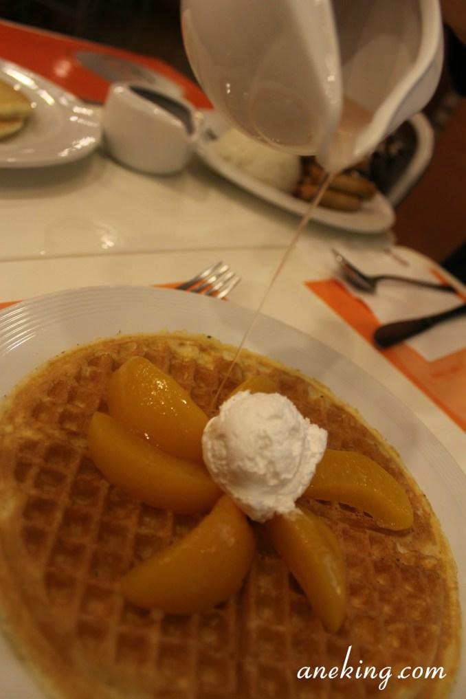 peach waffle