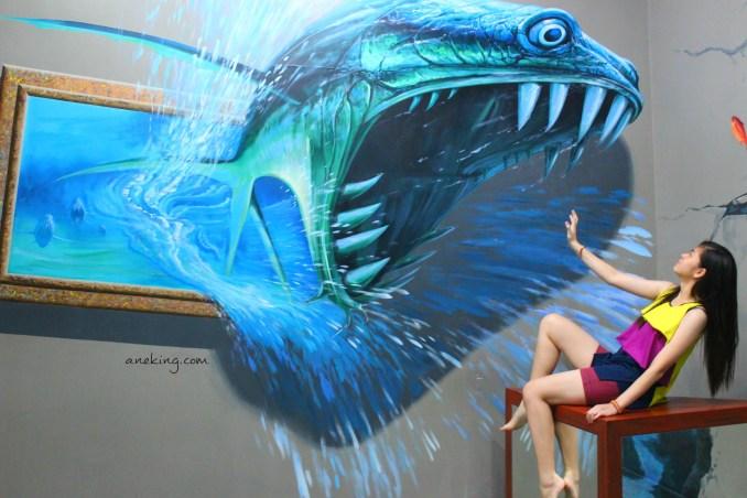 eating fish in Art in Island