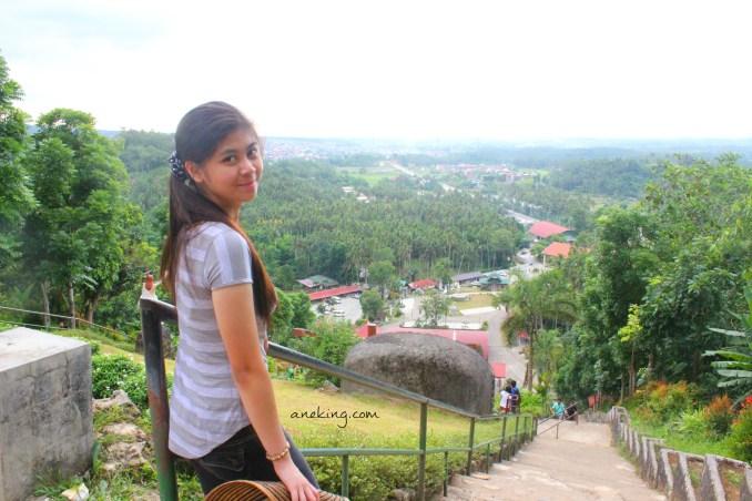 going down on kamay ni hesus mountain