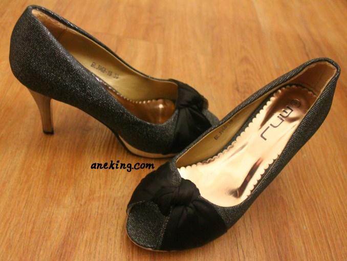 MNJ shoes 2