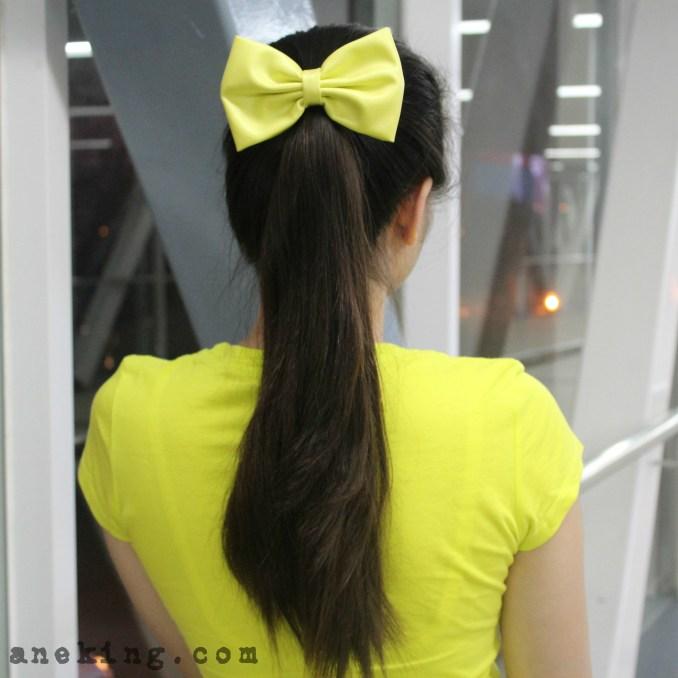 bow on high ponytail